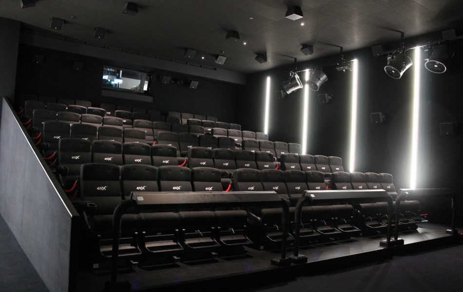 salle auditorium 4dx genève geneva first in switzerland arena cinemas la praille